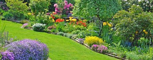Blhende Gartenanlage